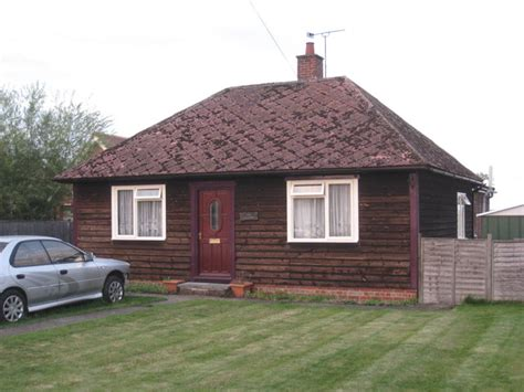 bungalows in ireland timber bungalow 169 jonathan thacker geograph britain and