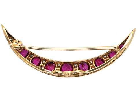 Ruby 7 15ct 15ct gold ruby crescent brooch the