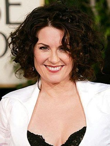 short haircuts for brunette women over 40 5 megan mullally hairstyles cute short haircuts red