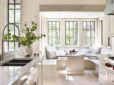 corner kitchen banquette 25 best ideas about kitchen nook table on pinterest
