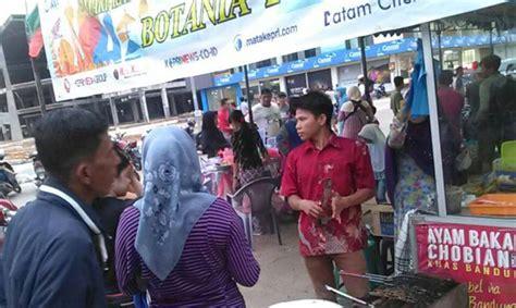 Ayam Panggang Per Ekor ayam bakar chobian per ekor rp 45 ribu di bazar ramadhan