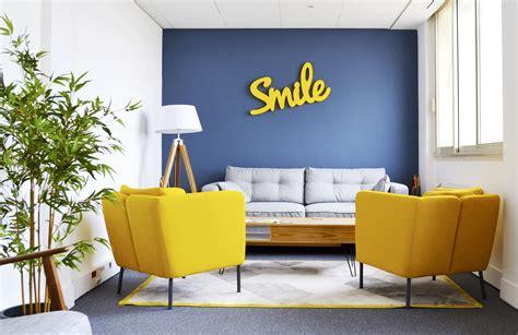 bureaux 224 partager la startup qui recycle les bureaux pour les mettre 224 disposition des