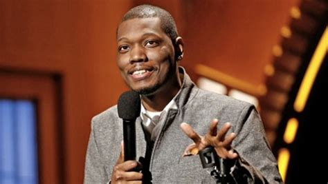 michael che tinder michael che to replace cecily strong as anchor of snl s