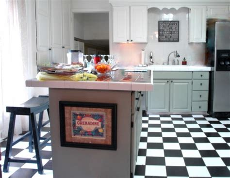 painting kitchen cabinets two different colors can you paint kitchen cabinets two colors in a small