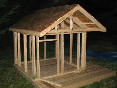how do u a to outside playhouse roof design furnitureplans