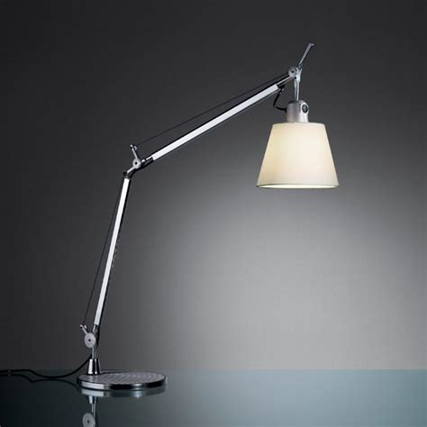 artemide tolomeo table l artemide tolomeo basculante table light panik design