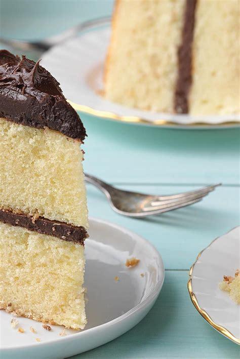 Best 25  Moist yellow cakes ideas on Pinterest   Yellow