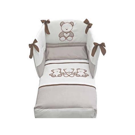 armadio per neonati armadio e cassettiera neonato come allestire la zona