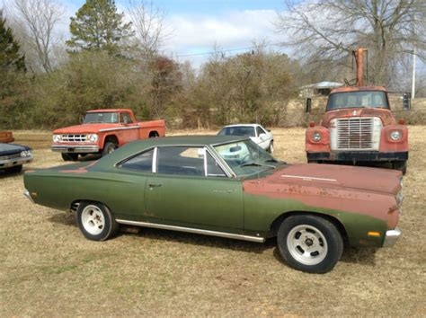 factory plymouth 1969 plymouth roadrunner factory 383 4 speed green 68 69