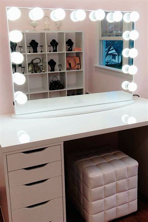 Cosmetic Vanity by Best 25 Makeup Vanity Decor Ideas On Makeup Room Decor Vanity Makeup Rooms And