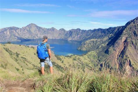 Jacket Gunung Co Trek Rinjani things to do in lombok mount rinjani trek reviews www