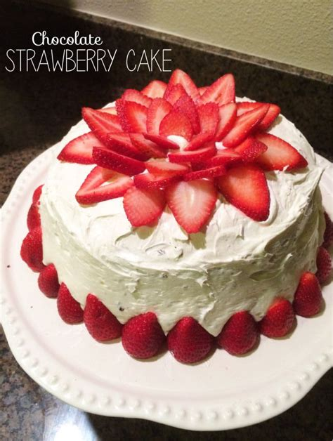 How To Decorate A Cake At Home | best 25 chocolate cake with strawberries ideas on