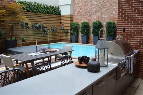 wie einen hinterhof patio gestaltet kleiner garten im hinterhof 88 moderne gestaltungsideen