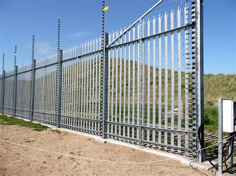 electric fence installation installation guide electric fence insulators