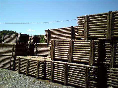 piquet bois cloture 5836 piquet bois autoclave en pin et ch 226 taignier traverses