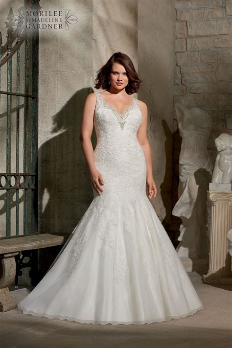 Wedding Dress For Curvy by The Best Wedding Dress Styles For The Curvy