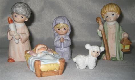 5 piece homco nativity set porcelain home interior ebay homco nativity set 5 piece 5602 nativity items