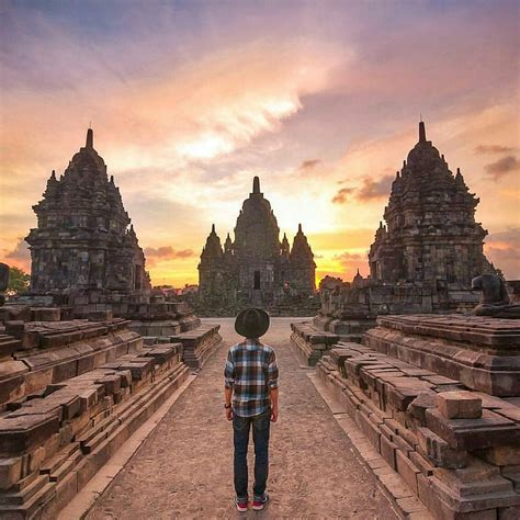 A N Isa Febrianti phinemo indonesia s leading travel media