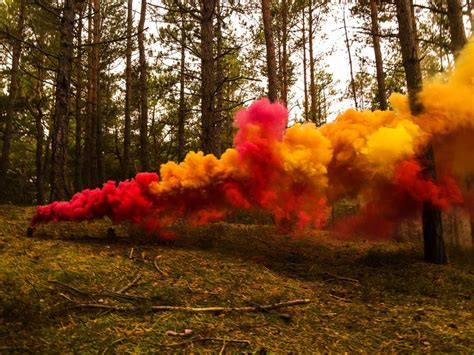 how to make a colored smoke bomb how to make the ultimate colored smoke bomb