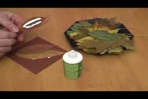 Herbstschmuck Selber Basteln by Herbstdekoration Mit Kastanien F 252 R Den Tisch