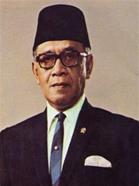biodata imam bonjol wikipedia biografi hamengkubuwono ix biografi tokoh pahlawan nasional