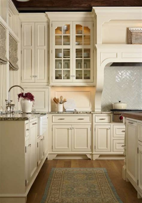 kitchen with cream cabinets cream kitchen cabinets design ideas