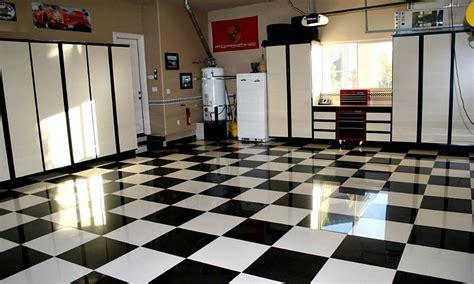 Pvc Kitchen Cabinets by The Benefits Of Porcelain Garage Floor Tile All Garage