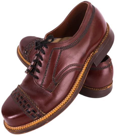 1950s oxford shoes 1950s cap toe oxford shoes ballyhoovintage