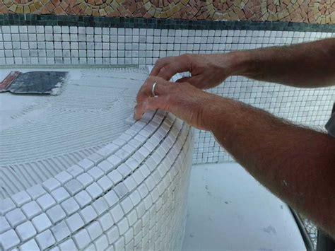 posa piastrelle mosaico la posa mosaico ristruttura interni
