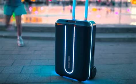 22 Travel Your Like New Travel Mate Travelling Organizer robot suitcase itself along you this is how to buy the smart luggage daily
