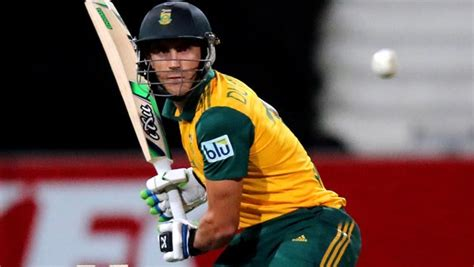 Original 100 Baterai Bat faf du plessis player to bat 100 innings in international cricket without a duck from