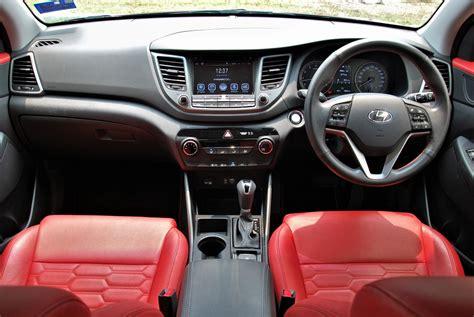 hyundai tucson leather interior hyundai tucson 2 0 executive dashboard leather seats