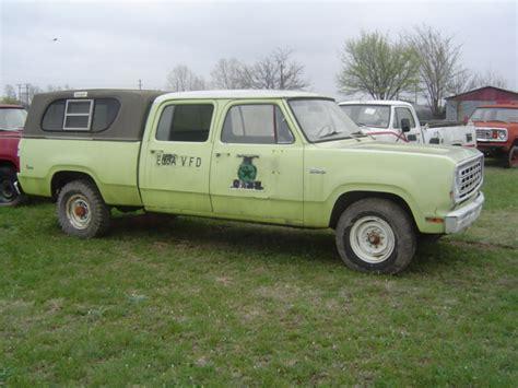 1976 Dodge D200 Crew Cab