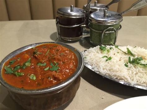 mantra cuisine vindaloo with basmati rice picture of mantra indian