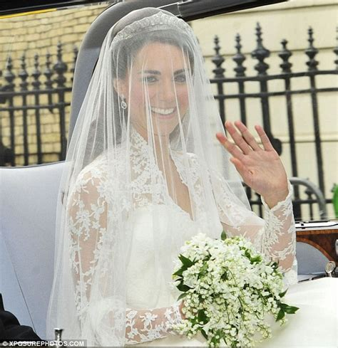 wedding bouquet unknown soldier royal wedding 2011 kate middleton s bouquet returns to