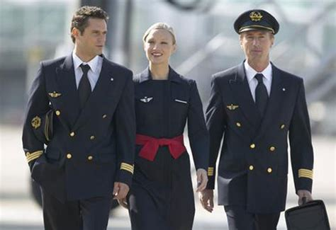 tour du monde des uniformes