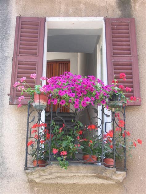 balcony window boxes 1000 images about bonny balconies on window