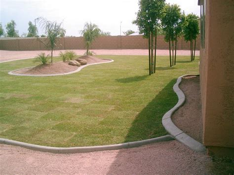 concrete landscape curbing cost per foot