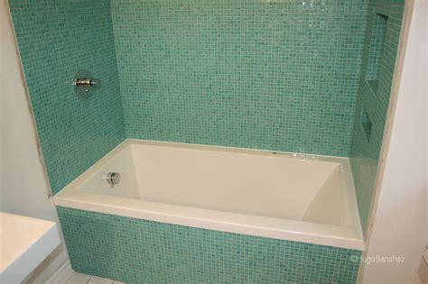 bisazza bathtub surround c 233 ramiques hugo sanchez inc