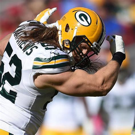 clay matthews bench press clay matthews tells colin kapernick quot you ain t russell