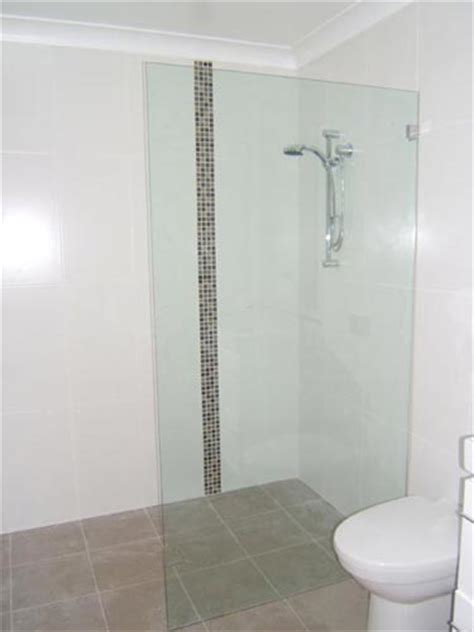 No Frame Glass Shower Doors by Frameless Shower Screens A Necessity To Your Bathroom