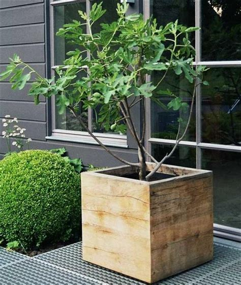 Recycled Planter Boxes by Planter Boxes Made From Wooden Recycled Things