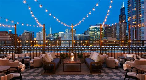 roof top bars in chicago get inspired stunning chicago rooftop bars