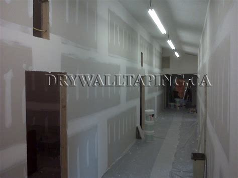 Taping Drywall Ceiling by Taping Drywall Ceiling Drywall Installation And Taping Services Toronto 416 639 9972