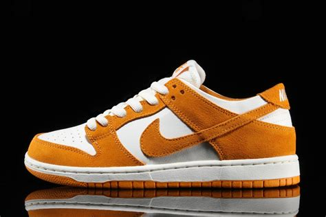 Nike Sb Dunk nike blazer mid circuit orange nike sb dunk low sneaker bar detroit