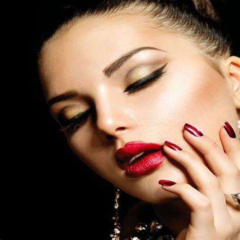 7 Tips For An At Home Manicure by 7 Tips For Manicures At Home Slide 8 Ifairer