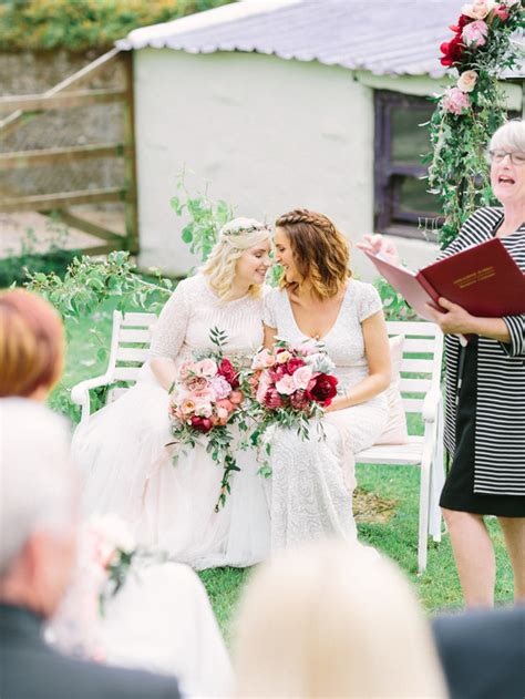 step by step guide how to write your own wedding ceremony onefabday