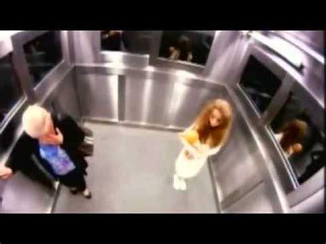 candid ascensore candid c e un fantasma in ascensore avi da vedere