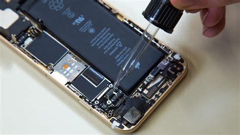 Iphone Battery Replacement Pin By Hi Tech Institute Patna On Advance Mobile Repairing Course Iphone Battery Replacement