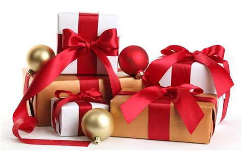 how to buy christmas day gifts present for your boyfriend